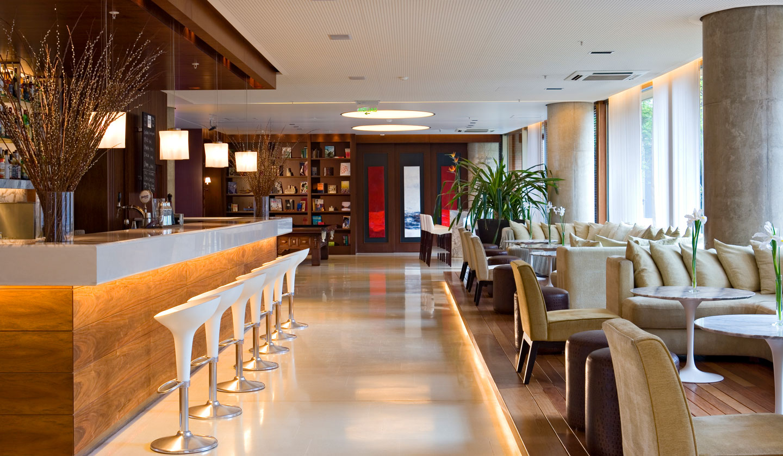 hotel madero white bar